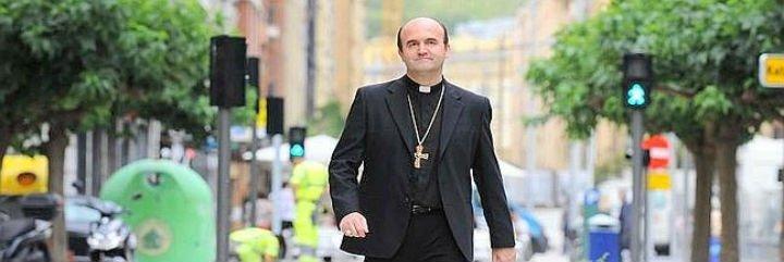 Munilla impone el traslado de los seminaristas donostiarras a Pamplona