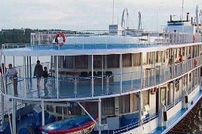Los buzos hallan 110 cadáveres dentro del barco hundido en el Volga