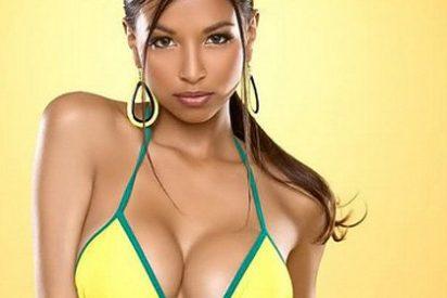 Alexis López presenta el bikini oficial de la selección brasileña