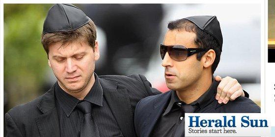 Dos impostores se cuelan en el funeral de Amy Winehouse
