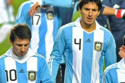 "Burdisso a Messi: ""Pendejo, la última pelota se corre"""