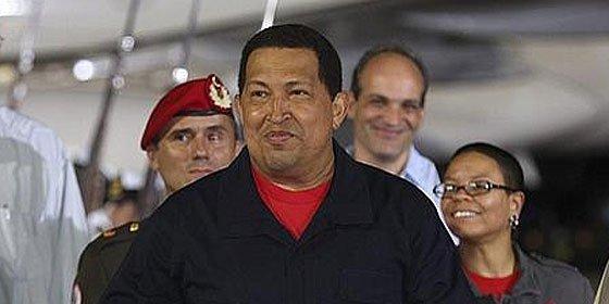 El Gorila Chávez anuncia que se presentará a la reelección en 2012