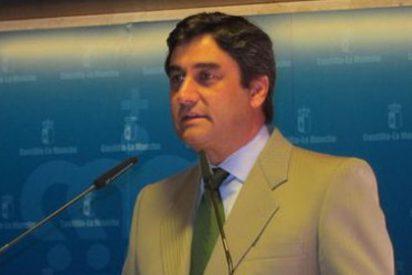El consejero de Sanidad destapa las ineficientes y lejanas promesas de Rubalcaba