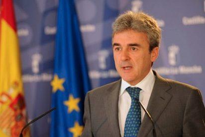 El gobierno de Cospedal anuncia nuevos nombramientos, recortes en altos cargos y en sueldos