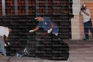 Así intimidan a la prensa y policía en México: arrojan cadáveres frente a los diarios