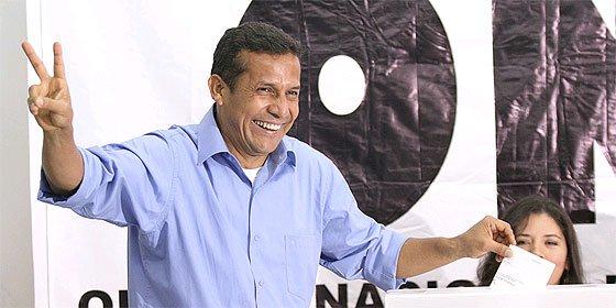 Peruanos en Madrid seguirán hoy transmisión de mando presidencial en pantalla gigante