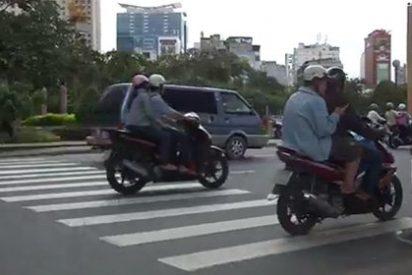 Video-consejo para viajeros: cómo cruzar un paso de cebra en Vietnam sin morir en el intento