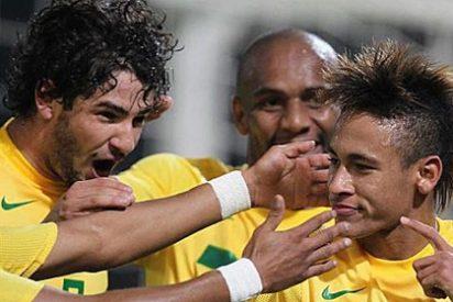 Neymar y Pato consiguen para Brasil la primera victoria (4-2) ante Ecuador