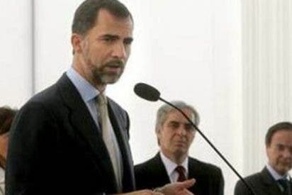 El Príncipe de Asturias fue el primero en llegar a Lima para la transmisión presidencial