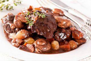 Estofado de ternera a la Bourguignon: receta francesa 👌