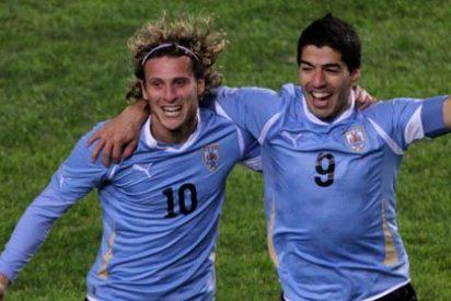 Uruguay accede a la final de la Copa América tras vencer a Perú (0-2)