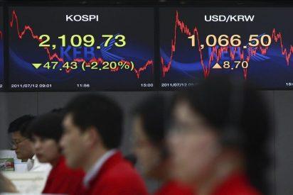 El índice Kospi baja al cierre 51,04 puntos, el 2,35 por ciento, hasta 2.121,27 puntos