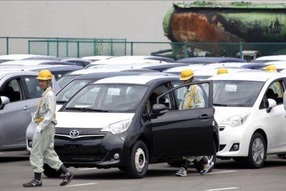 La caída de ventas tras el terremoto hunde el beneficio de Toyota