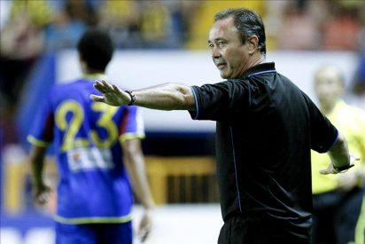 El entrenador del Levante cree que este año también sufrirá su equipo