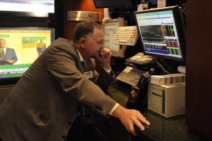 Wall Street intensifica la tendencia bajista a media sesión