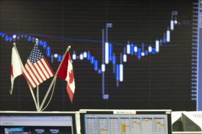 Japón interviene en el mercado de divisas para abaratar el yen