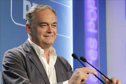 """El PP cree que España """"va aguantar"""" pero pide al Gobierno actuar o elecciones"""