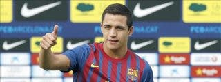 Alexis Sánchez viajó para incorporarse al Barcelona