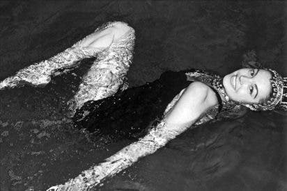 "Esther Williams, ""la sirena de Hollywood"", cumple 90 años"