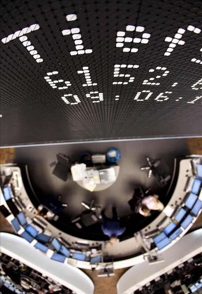El DAX 30 de Fráncfort cae un 5 por ciento arrastrado por Wall Street