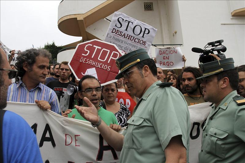 En libertad los 4 detenidos en Málaga por intentar parar un furgón policial