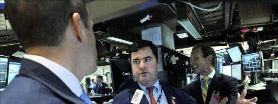 Wall Street se recupera de la caída del miércoles con otro fuerte rebote