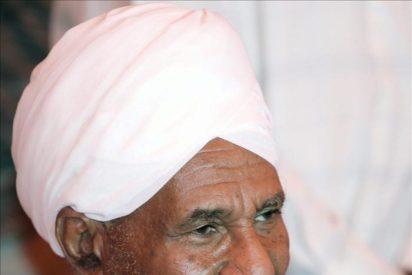 El líder opositor dice que el régimen sudanés debe cambiar con una rebelión o el diálogo