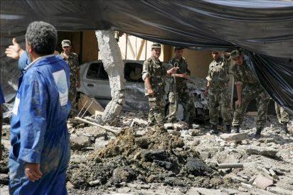 Un atentado suicida con un coche bomba causa una treintena de heridos en Argelia