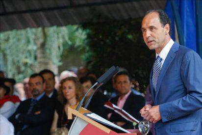 El presidente de Cantabria cree que la España de las diferencias no puede oprimir a la de las coincidencias