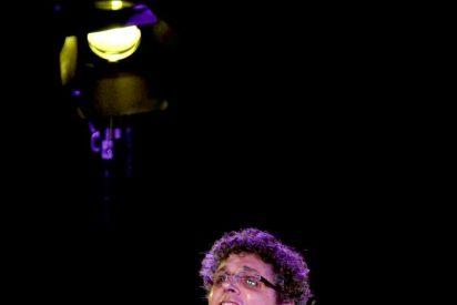 Pedro Guerra homenajea a la mujer en Mérida y presenta su nuevo trabajo