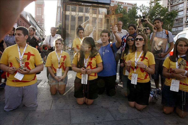Benedicto XVI llega a Madrid para asistir a la Jornada Mundial de la Juventud