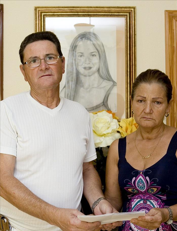 """Los padres de María Teresa """"no tiran la toalla"""" tras once años de búsqueda"""