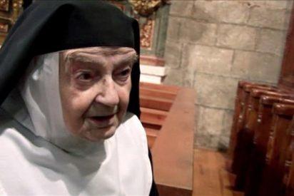 El papa se entrevista con la monja que lleva más años de clausura en el mundo