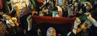 OTAN asegura que el régimen de Gadafi se está desmoronando y no puede ganar
