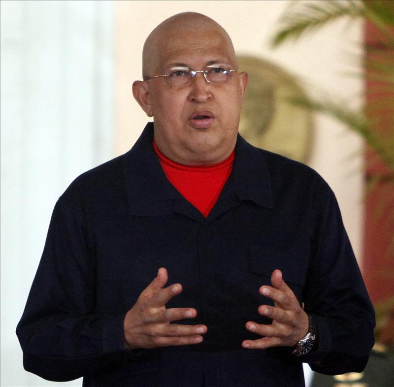 """Chávez denuncia la """"masacre imperialista"""" en Libia por sus riquezas"""