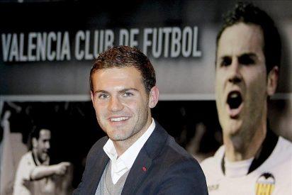 El traspaso de Mata deja al Valencia sin referente en la selección 13 años después