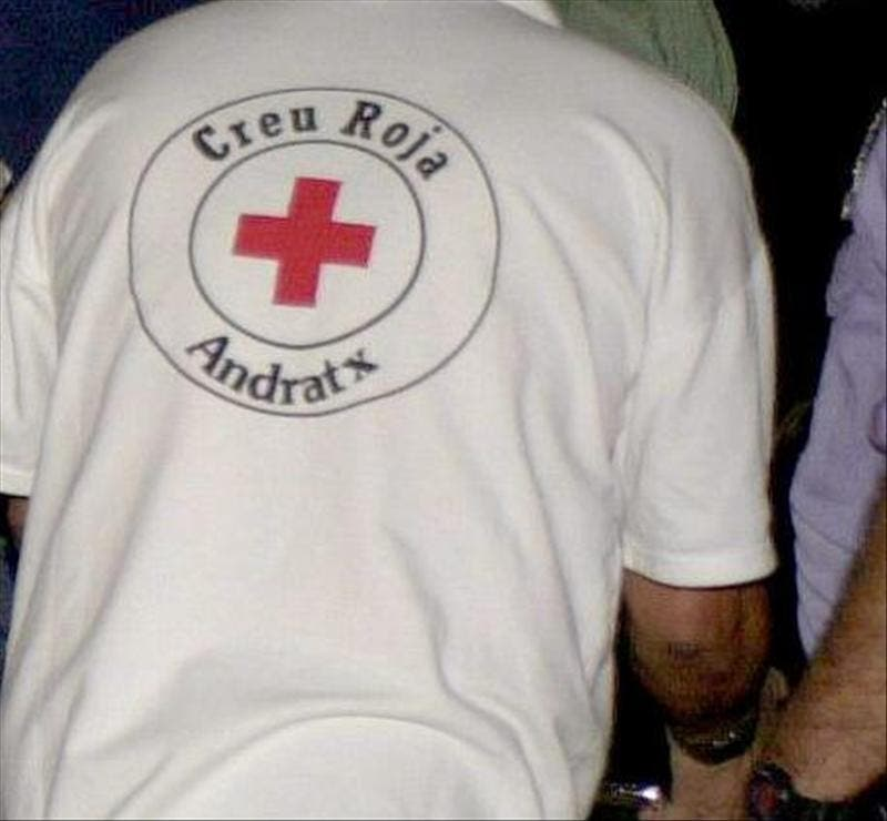 Un joven resulta herido leve tras precipitarse desde un primer piso en Magaluf