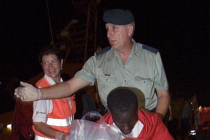 Llegan en buen estado a Motril los 42 inmigrantes rescatados al sur de Adra