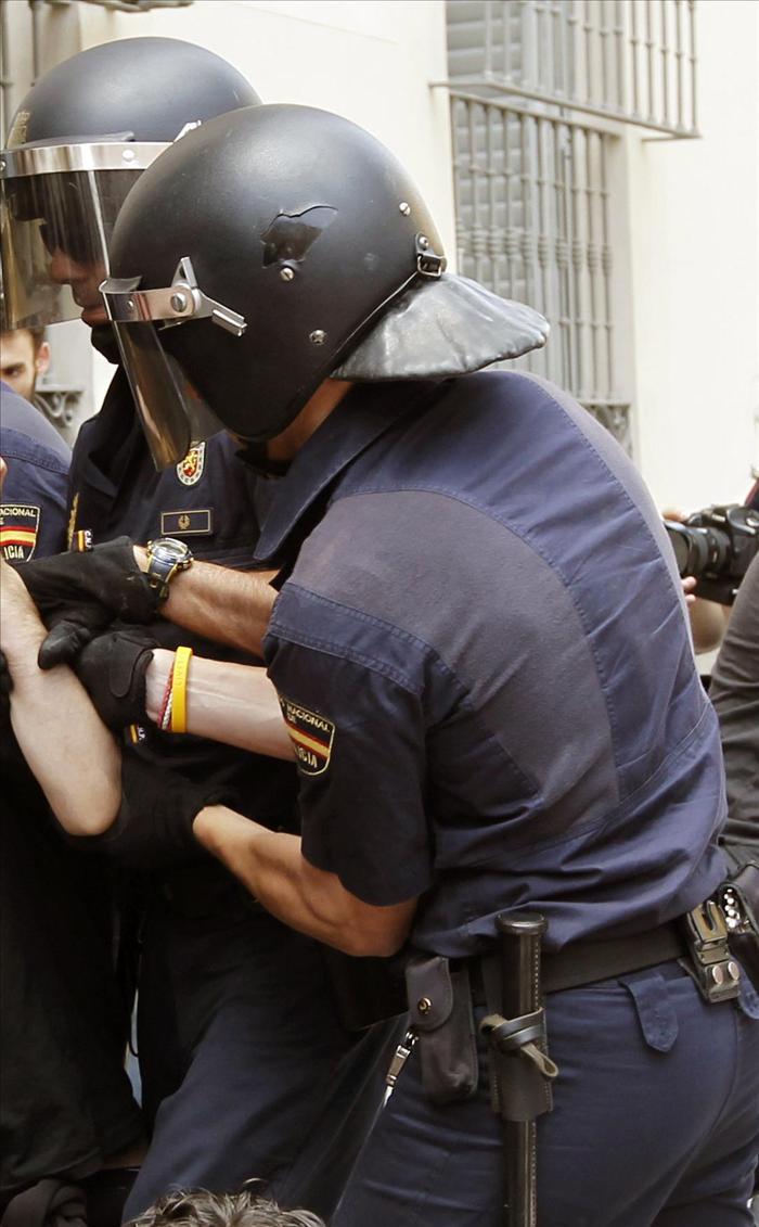 Los sindicatos policiales denuncian amenazas de muerte a agentes antidisturbios de Madrid