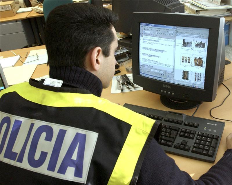 Desarticulan en Madrid un grupo organizado que anunciaba y vendía droga por internet