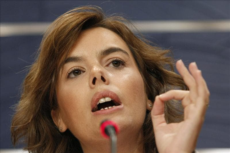 Sáenz de Santamaría subraya que Rubalcaba no ha participado en el equipo negociador