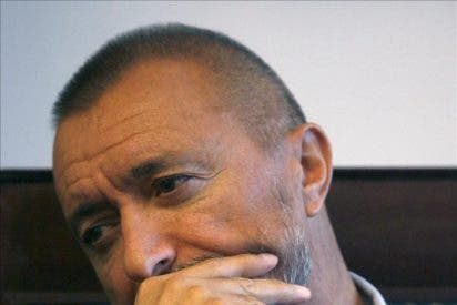 Rushdie, Fuentes, Murakami, Houellebecq y Pérez-Reverte, novedades en otoño