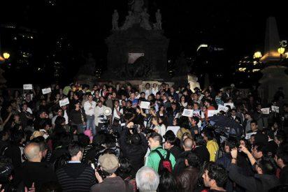"""Unas 300 personas protestan en México al grito de """"Monterrey no estás solo"""""""