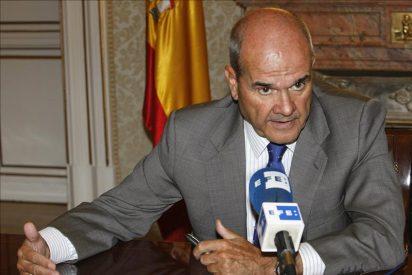 """Chaves dice que si el PP gana Rajoy también """"hablará catalán en la intimidad"""