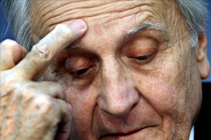 """Trichet dice que las reformas estructurales en Europa están """"lejos de completarse"""""""