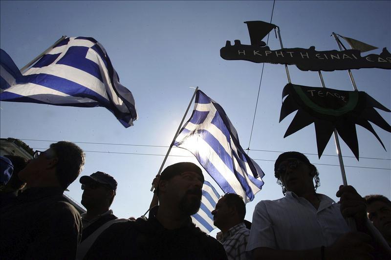 Grecia afronta nueva inspección de la troika para seguir recibiendo ayuda