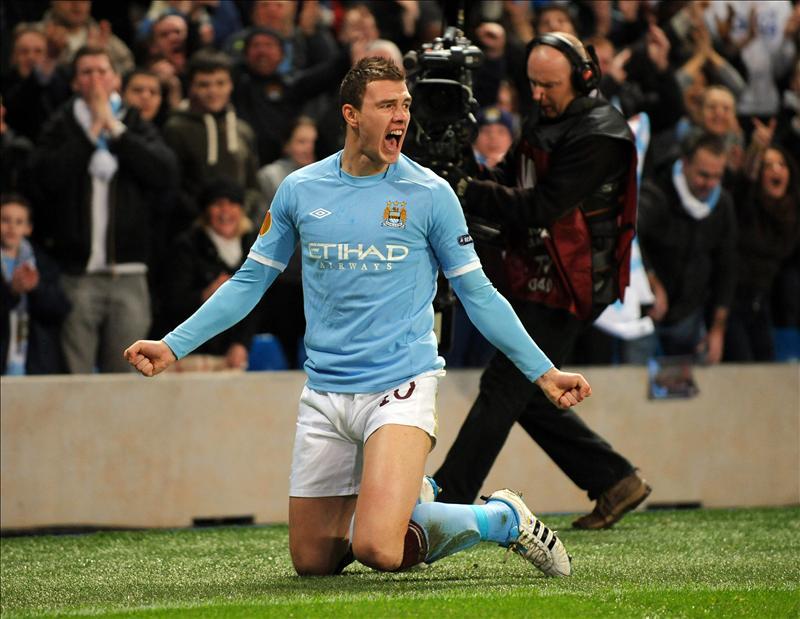El Manchester City impone su fútbol de toque y golea al Tottenham 1-5