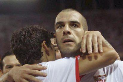 2-1. Negredo le devuelve la sonrisa al Sevilla y genera dudas al Málaga