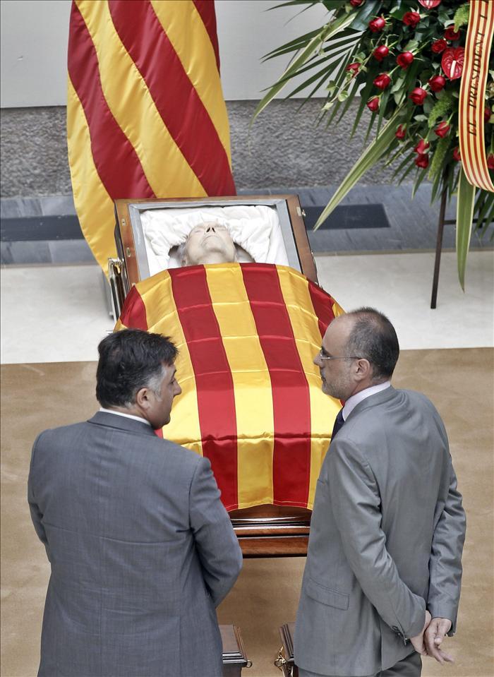 Cataluña despide con todos los honores a Heribert Barrera