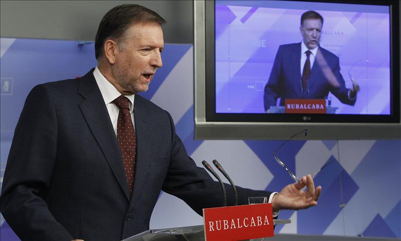 """Iglesias no duda del apoyo """"rocoso"""" del PSOE a la reforma constitucional"""